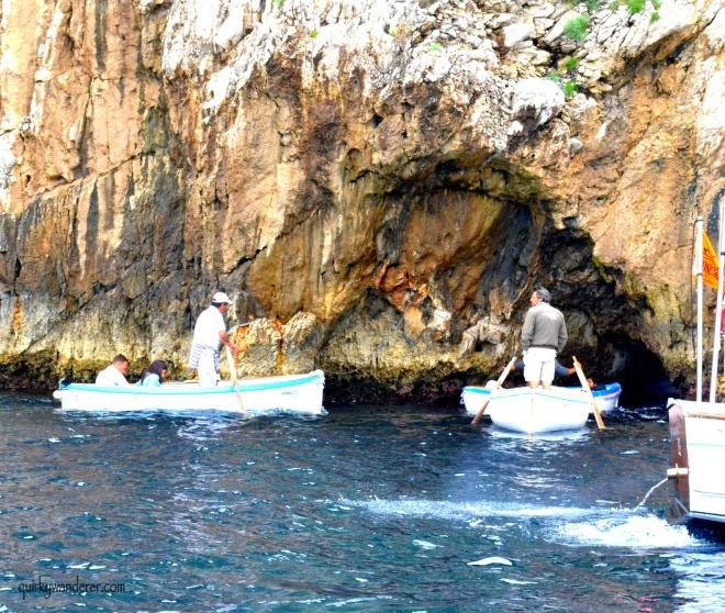 entrance blue grotto
