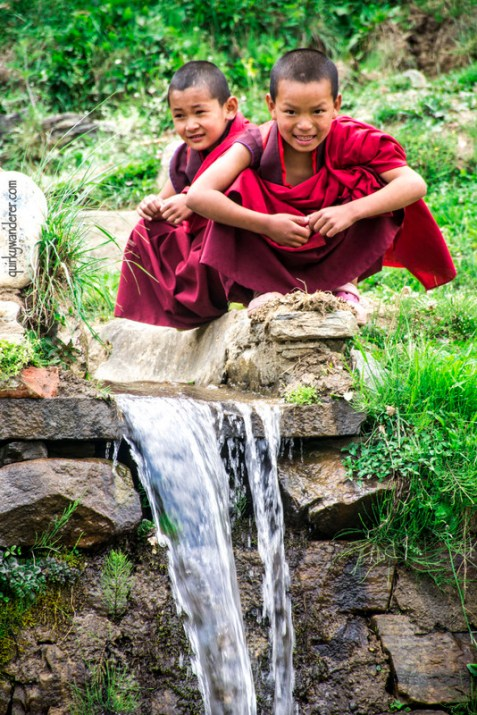 bhutanese monks-001