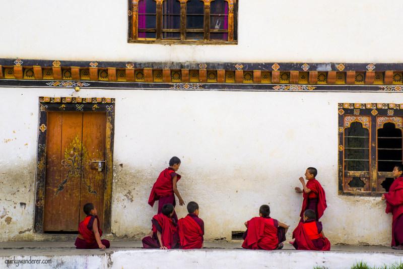 bhutanese monks3-001