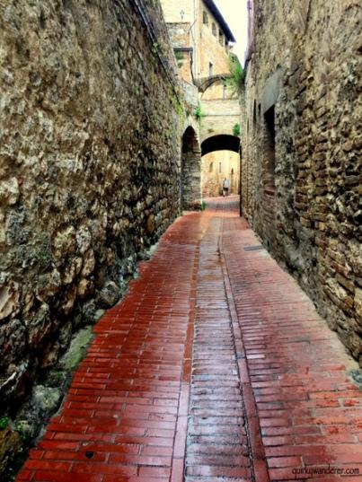 Cobbled alleys SG