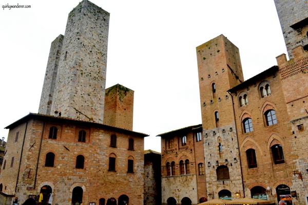 Piazza del Cisterna